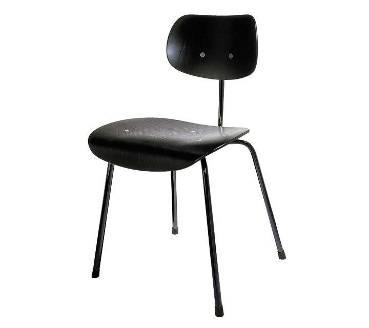 eine klare asthetik mit kompromissloser verwendbarkeit f r jeden anlass. Black Bedroom Furniture Sets. Home Design Ideas