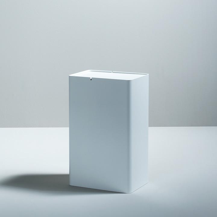 P-DREI Container weiß