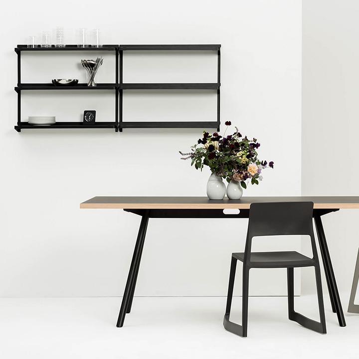 Click Shelf black