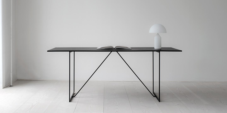 RIG Tisch von MA/U Studio