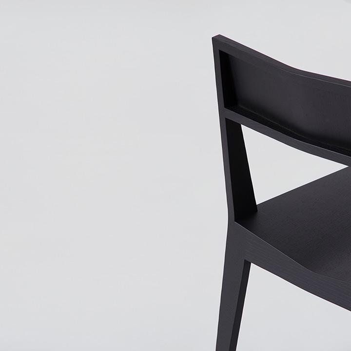 Chair 3, Esche schwarz gewachst